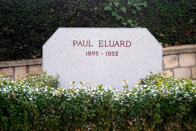 Paul Eluard poète. Cimetière du Père-Lachaise, Paris, France